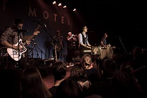 Saint Motel-6498